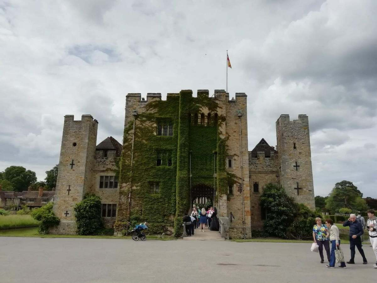 Best Things to See and Do at Hever Castle & Gardens: In Photos 10