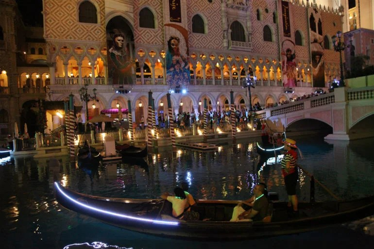 Celebrate the Festivals of Italy at Two of Las Vegas Most