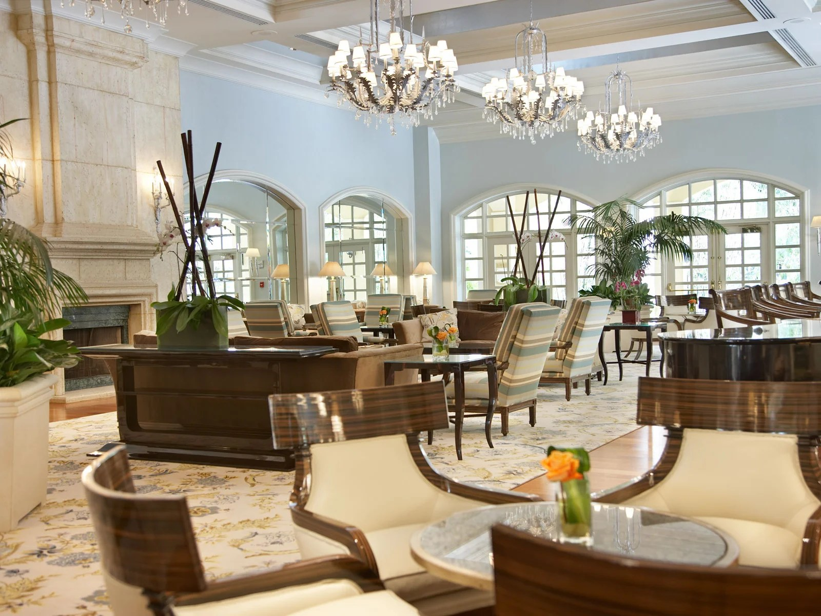 hotels in miami with kitchen table bench seating the 8 best bars elite traveler