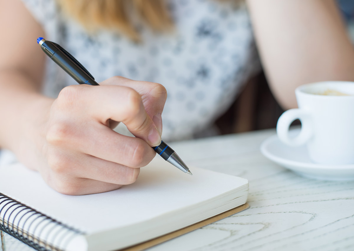 6 Ways to Find Unique Topics to Write About