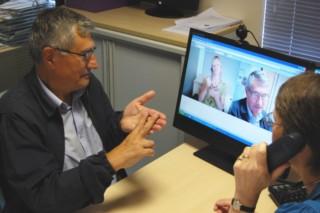 SignTranslate On-Line Sign Language Interpreting