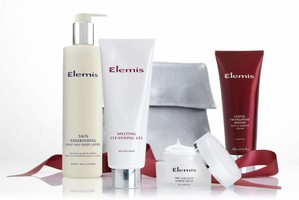 Elemis_QVC_TSV_Dec_5th_2010 [320x200].jpg