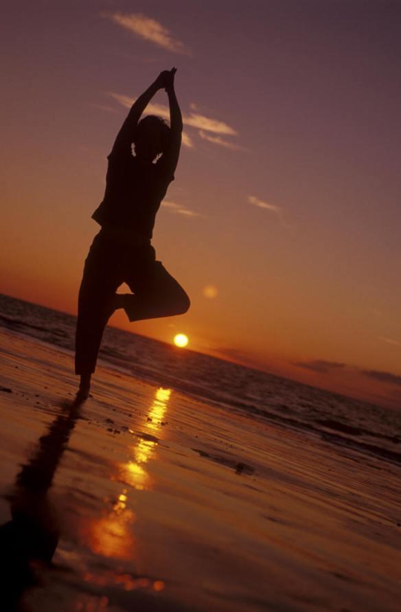 Yogaonbeach.jpg