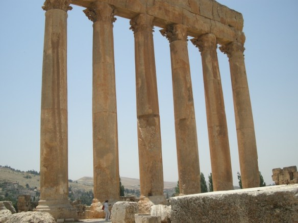 Temple of Jupiter1.jpg