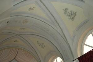 ceilingoldspa.JPG