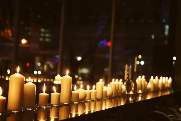 Candles Lining Bar  Elizabeth Anne Designs The Wedding Blog