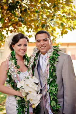 Wedding with Authentic Hawaiian Traditions