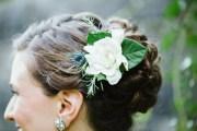 bridal hair ideas with fresh flowers