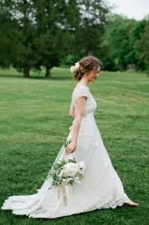 Barefoot Bride - Elizabeth Anne Design Wedding
