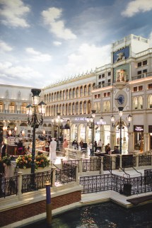Romance In Las Vegas Venetian & Palazzo