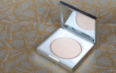 Honest Beauty Luminizing Powder | Review