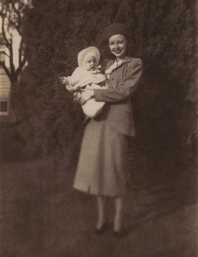 1952 Mom and Ann