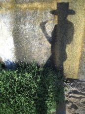 montague_shadows01_03