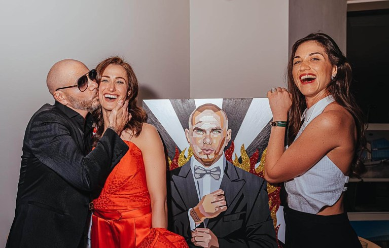 pitbull, meet & greet, pit bull painting, elizabeth sutton colllection