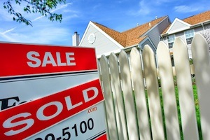 Why One Home in Land Park Sells and Another Home Does Not