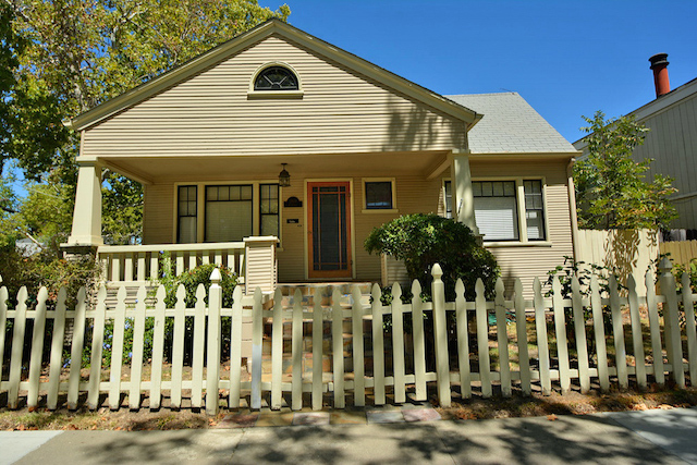 A Beautiful Craftsman Home in Midtown Sacramento for Sale