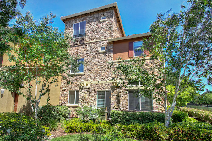 Updated Astoria Condo in Natomas is Calling Your Name
