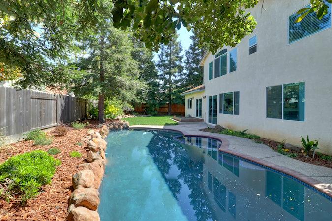 updated pool home in elk grove