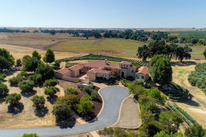 New rural listing in Sloughhouse, California