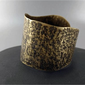 Etched brass with brown patina and silver by Eliz-art