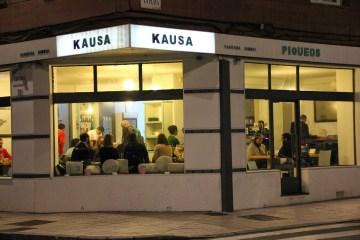 kausa Fuera