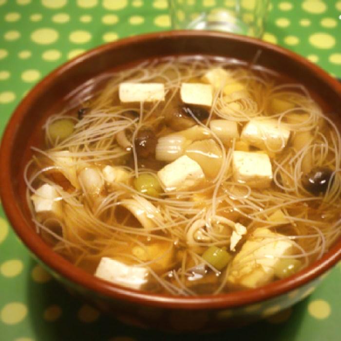 sopa-de-setas-con-toque-oriental.png