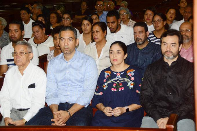 Luego de luego de la celebración de la misa, el personal de El Jaya, e invitados participaron en un ambiente de alegría