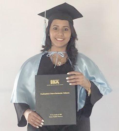 Se graduó recientemente en la Universidad ISA de Lic. en Ciencias de Biología y Quimica, Naturales la joven Jannelly Espinal Then. Por tal motivo sus familiares le desean Muchos éxitos y bendiciones.