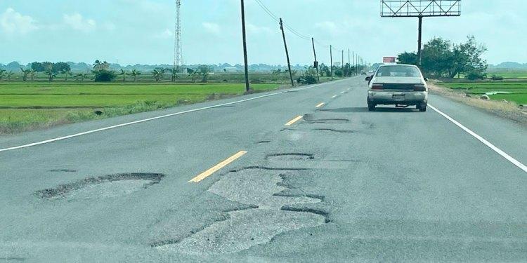 Carretera Controba-SFM necesita intervención urgente del Ministerio de Obras Públicas