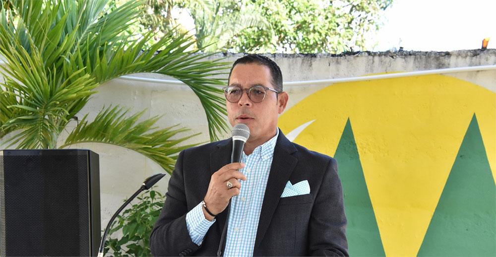 Víctor Puntiel.