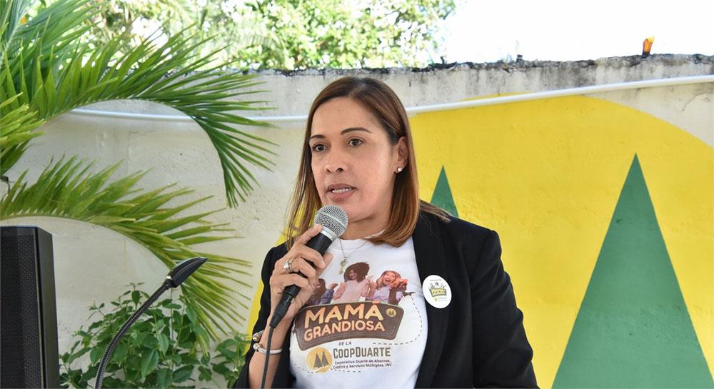 Licenciada Yesenia Blanco, Gerente de CoopDuarte.