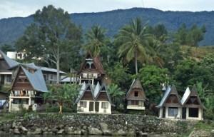 Sumatra Batakhaeuser Toba-See - Arbeitskopie 2