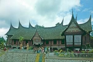 Sumatra Minangkabau-Haus - Arbeitskopie 2