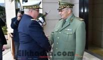 Gaïd Salah reçoit le chef d'Etat-Major particulier du président français 21