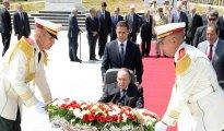 Bouteflika met en avant l'impératif d'accélérer les réformes économiques 32