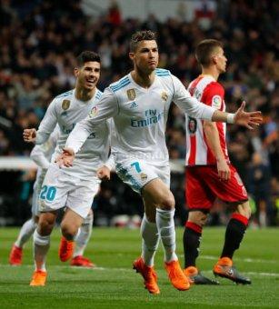 ريال مدريد يسحق ضيفه جيرونا بستة أهداف لثلاثة 24