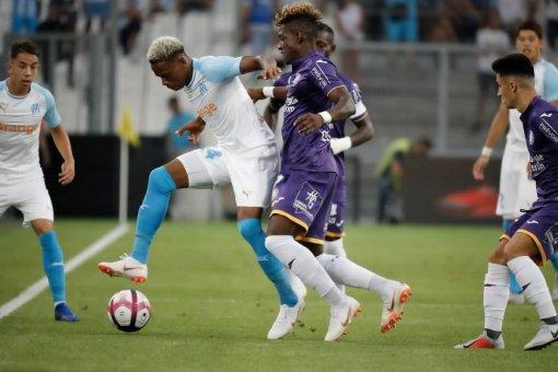مارسيليا يفوز على تولوز برياعية في افتتاح الدوري الفرنسي 24