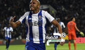 براهيمي يصل الدوحة لإتمام مفاوضات انضمامه لنادي الريان 25