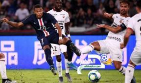 باريس سان جيرمان يتوج بكأس السوبر الفرنسي للمرة السابعة على التوالي 31