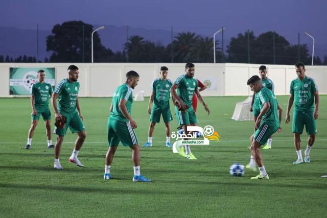 بالصور.. الخضر يواصلون تحضيراتهم للمباراة الودية أمام المنتخب البنيني 29