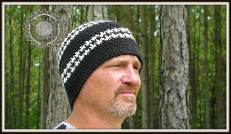 Houndstooth Free beanie pattern by ELK Studio