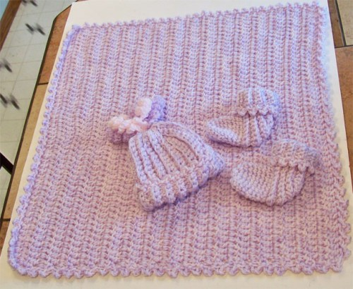 purple pink afghan hat booties 1