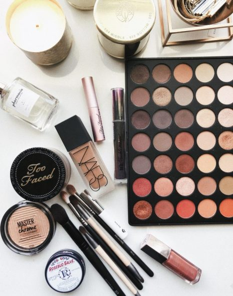 Palettes you need to have on your holiday wish list this year!