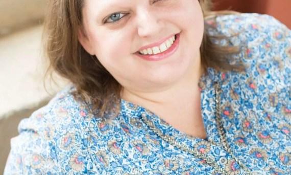Katie Cruice Smith Headshot