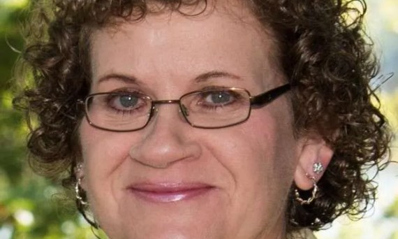 Janell Butler Wojtowicz headshot