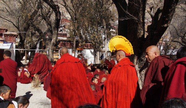 Special ceremony at Sera Monastery, Lhasa: the entry of the monk, who passed the highest exams