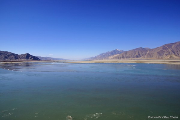 On the way to the city of Tsedang: the Yarlung Tsangpo river in wintertime. It is the upper stream of the Brahmaputra River.