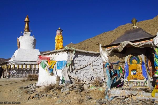 Stupa at Kamadang Temple