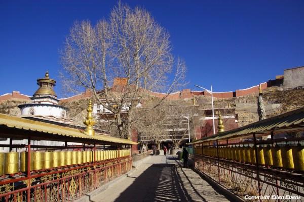 Pelkor Chöde Monastery at the city of Gyantse