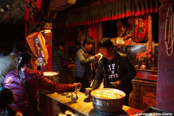 Pilgrims inside Shalu Monastery
